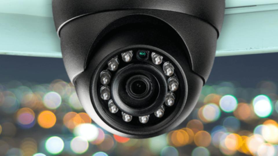 كاميرات المراقبة الداخلية